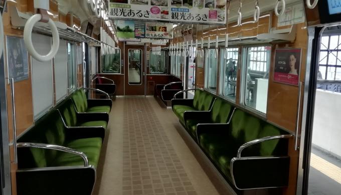 阪急電車の車内